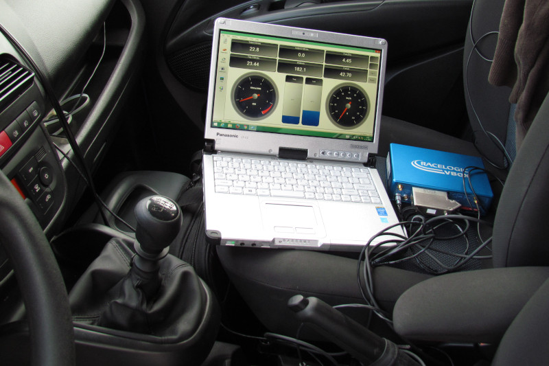 Recording data from the control unit and driving parameters